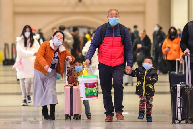 Coronavirus: l'armée chinoise en renfort contre l'épidémie, l'Europe touchée