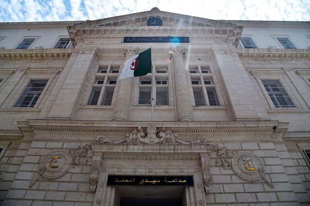 Tribunal de Sidi M'hamed: le procès des hommes d'affaires Ali Haddad, Oulmi et Tahkout reporté au 15 juin prochain