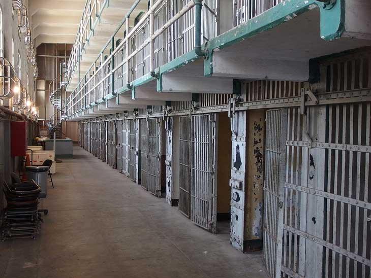 Conditions de vie en milieu carcéral : les détenus algériens au bord de la famine