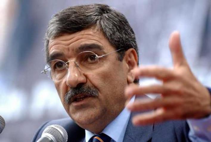 Said Sadi appelle à la création des comités de solidarité pour atténuer la crise sociale