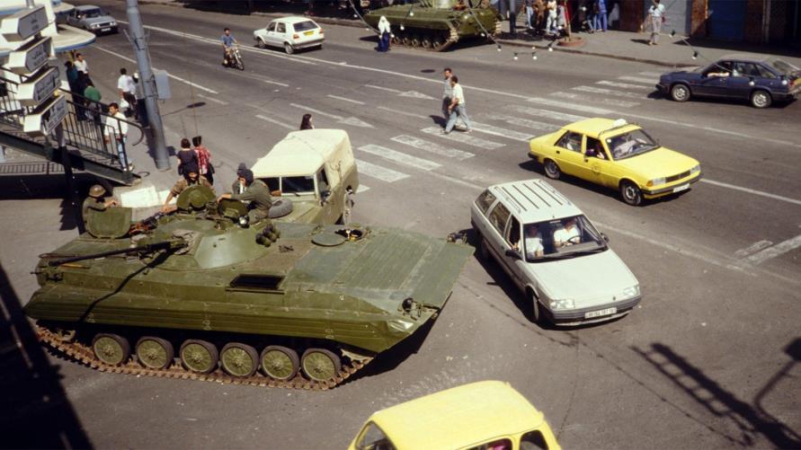 """Octobre 1988 : ce """"chahut de gamins"""" qui changea l'histoire de l'Algérie contemporaine"""