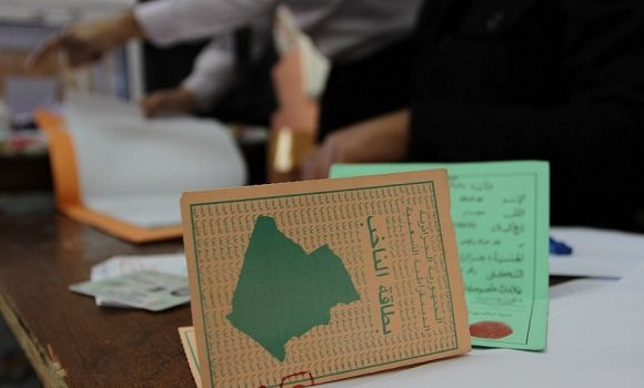 استفتاء تعديل  الدستور: عملية التصويت تنطلق في غياب تبون وغموض حول مرضه