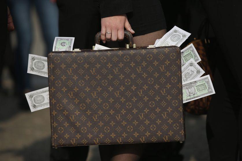 Finances : l'évasion fiscale coûte chaque année 427 milliards de dollars aux Etats (RJF)