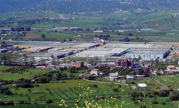 Industrie: élaboration d'un projet de loi pour la récupération du foncier non exploité