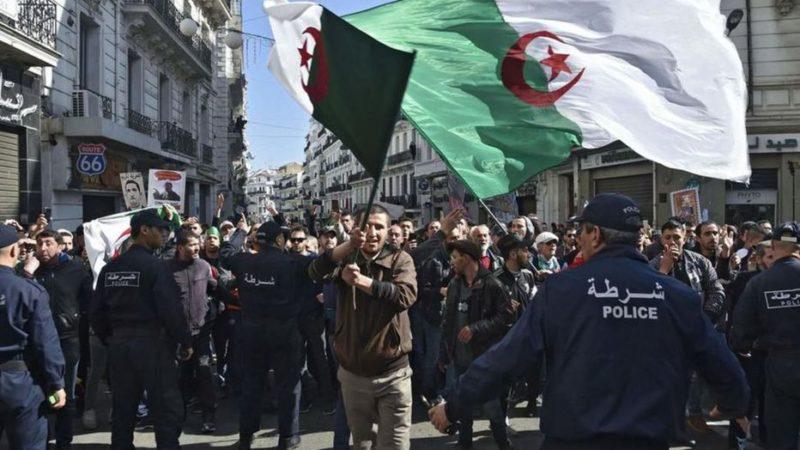 Tebboune devrait s'interroger si les législatives méritent une 3e vague d'arrestations politiques (Par El Kadi Ihsane)