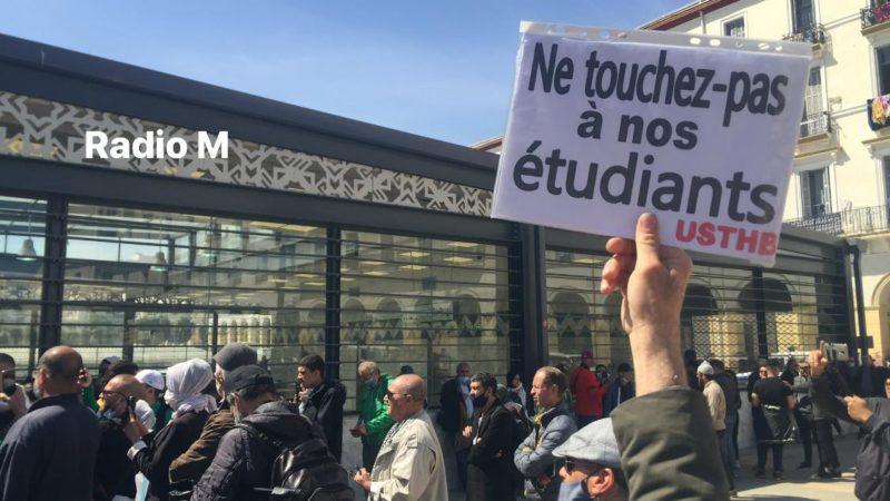 Hirak : la marche des étudiants accueille le ramadan !
