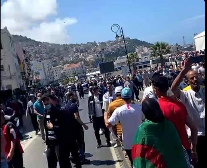 118e vendredi du Hirak : Bab El Oued sous haute surveillance