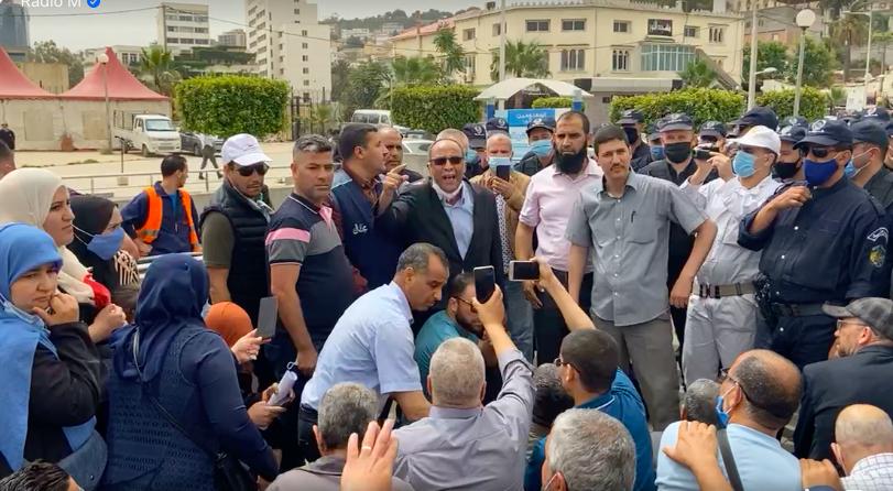 Sit-in des syndicats de l'éducation nationale à Alger : le rassemblement empêché par la police