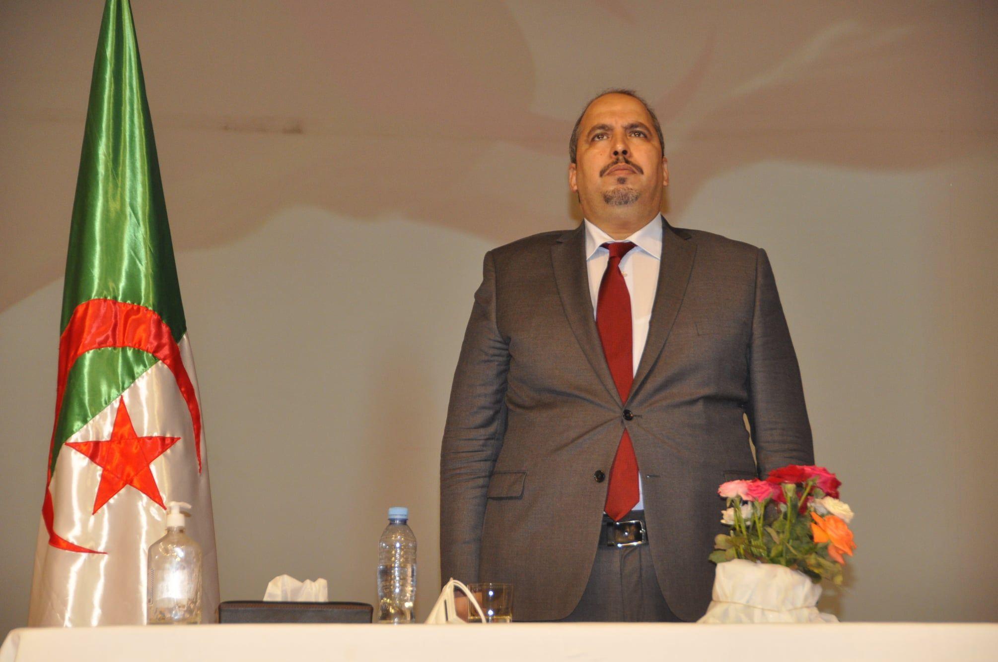 الأفلان: بعجي أبو الفضل يملك وثيقة الإعفاء من الخدمة الوطنية وانسحب من التشريعيات لهذا السبب