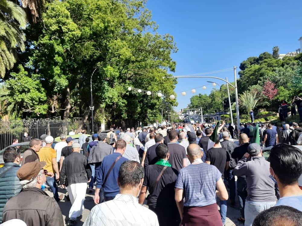 Hirak : La marche d'Alger se disperse dans le calme aux Anassers (ex-Ruisseau)