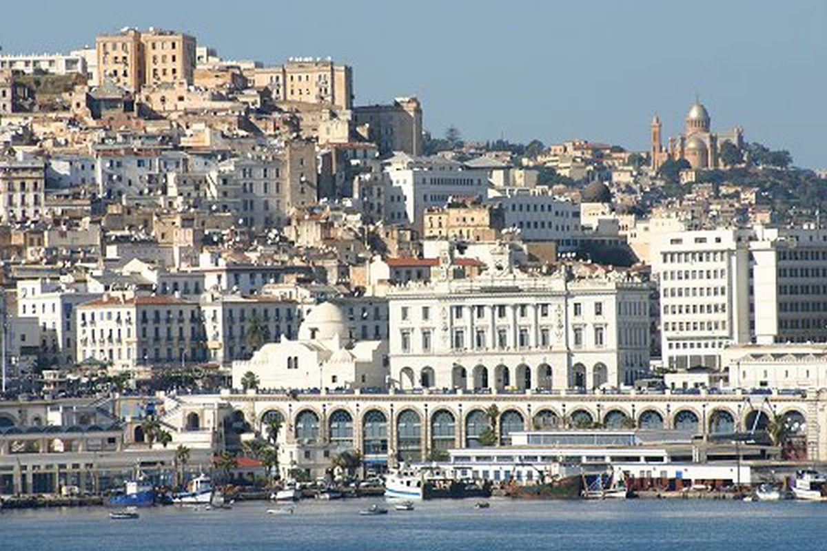 Bâtiments intemporels, architecture et Urbanisme pour l'Algérie du 21e siècle (contribution)