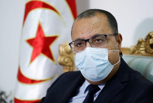 Le Premier ministre tunisien infecté par le coronavirus