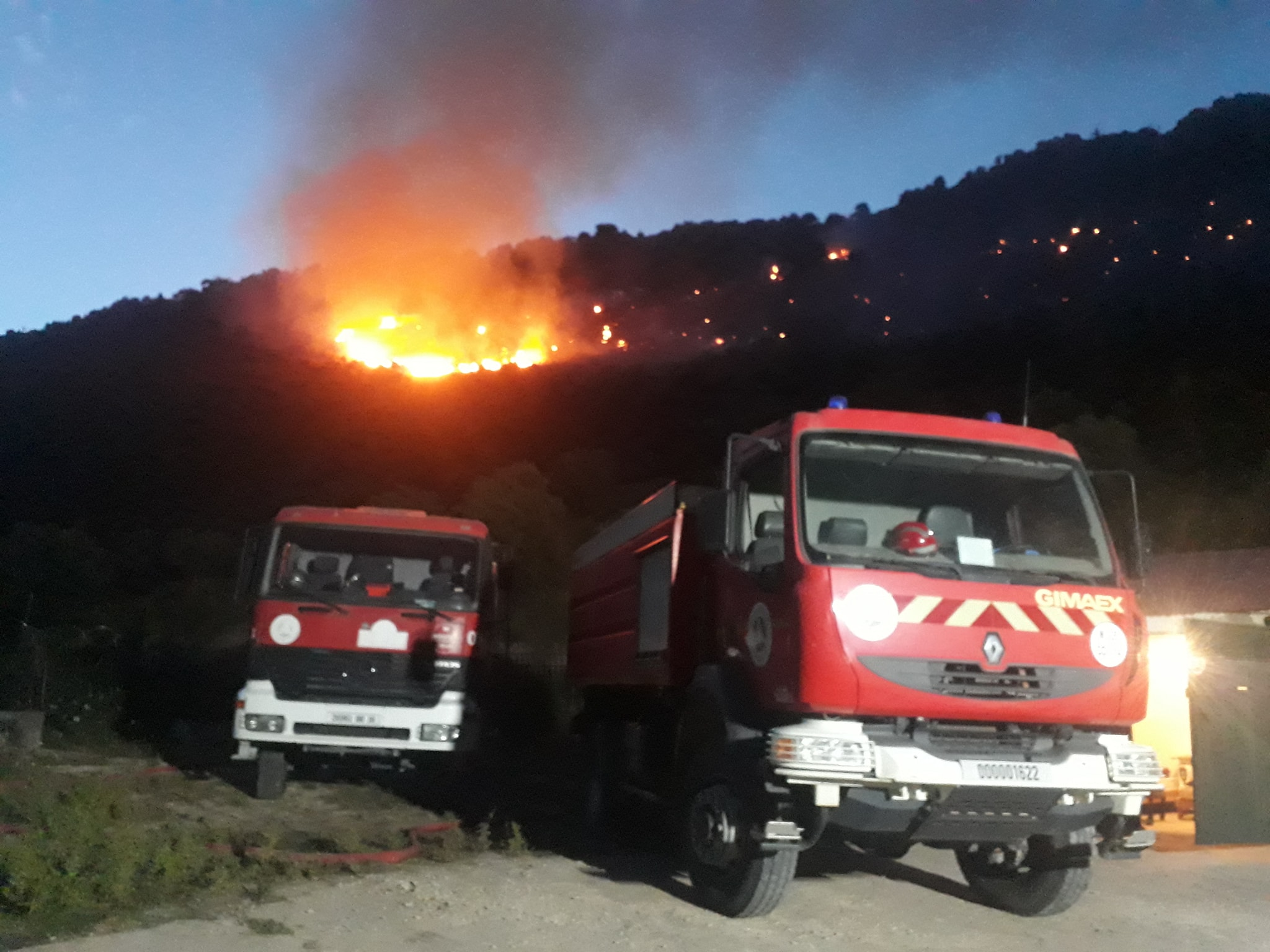 حرائق بـ 7 ولايات وغابات تلتهمها النيران منذ أيام