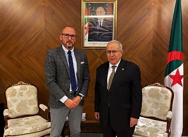 Anadarko ou quand Lamamara rencontre le directeur de la filiale algérienne d'une compagnie américaine qui n'existe plus…