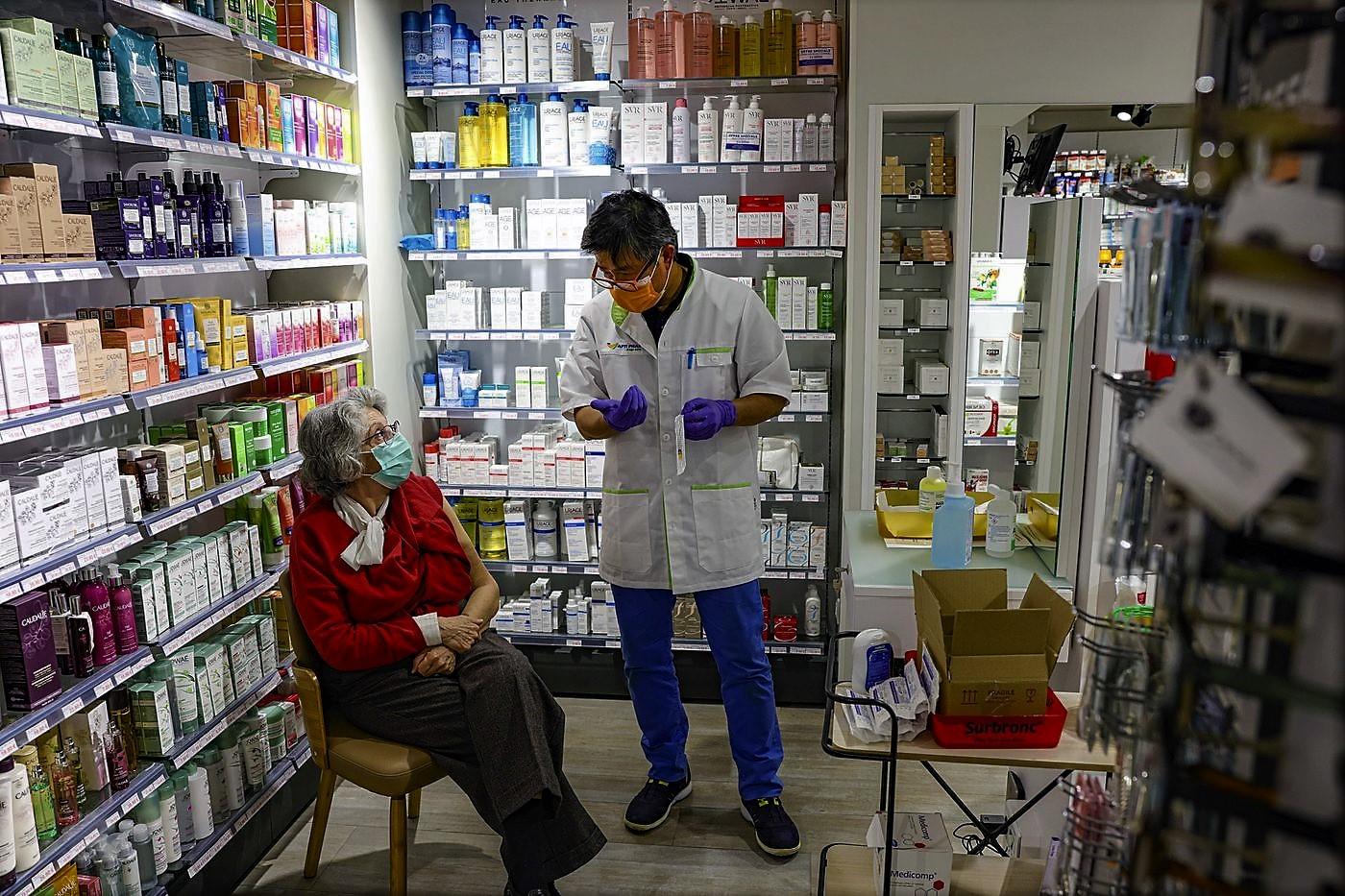 Vaccination: 1200 pharmaciens bénévoles