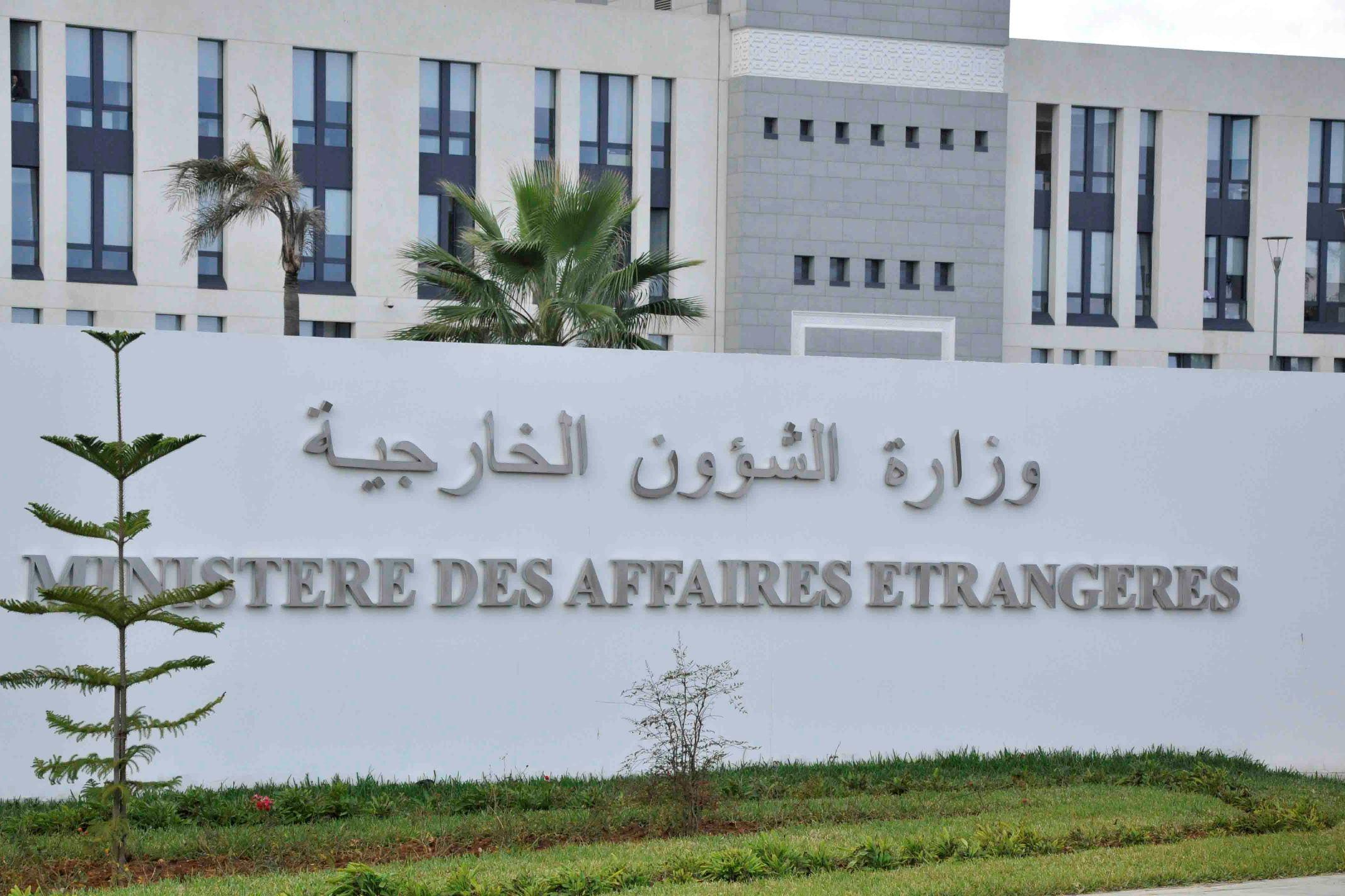 Des ministres sortants recyclés en diplomates : le pantouflage fait grincer des dents chez l'opinion publique (liste)