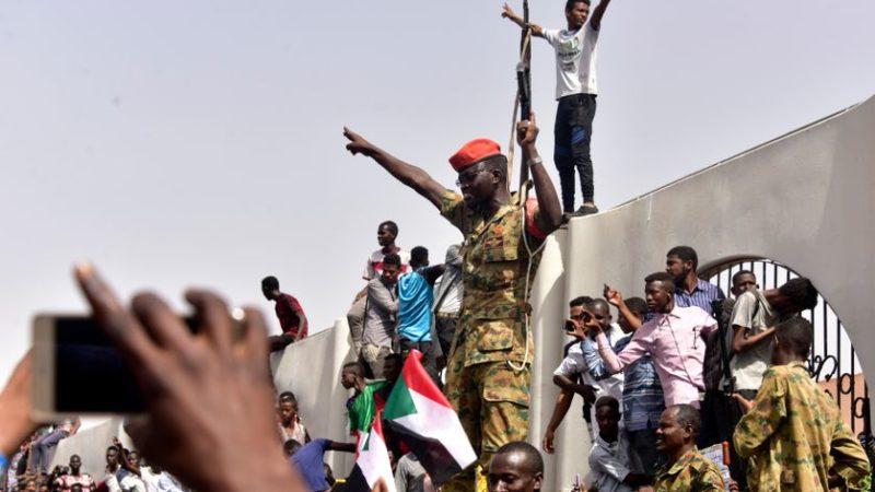 Tentative de coup d'Etat au Soudan : ce qui s'est passé durant les dernières heures !