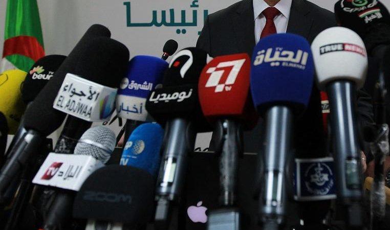 مستشار وزير الاتصال يدعو القنوات الخاصة للبحث عن مصادر التمويل وعدم الاتكال على «الدولة»
